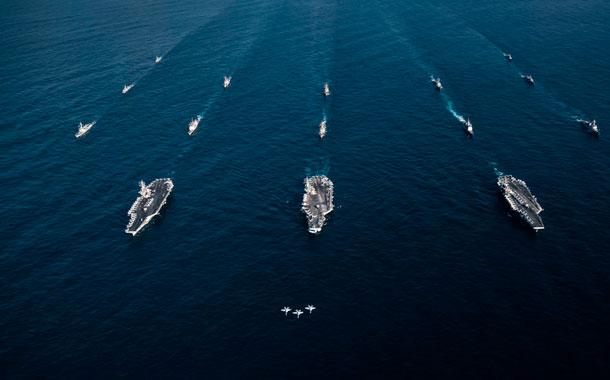 EE.UU. enviará portaviones y buques de guerra al mar de la China Meridional