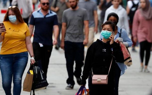 G.Bretaña y Francia ordenarán uso obligatorio de mascarillas
