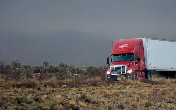 Más de 10.500 camiones han cruzado la frontera durante la emergencia