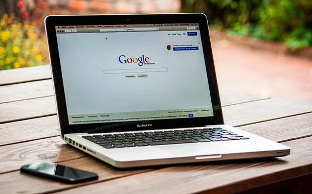 Google invertirá en la India para que la red sea más accesible y útil