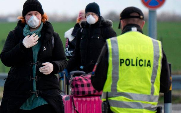 Grecia endurece las medidas ante récord de contagios en las últimas 24 horas