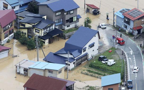 Las lluvias causan inundaciones y deslaves en norte de Japón