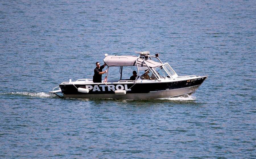 Localizan  un cuerpo en el lago donde desapareció la actriz Naya Rivera