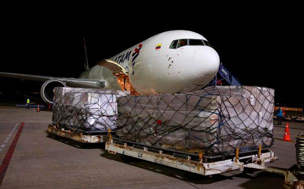 Ecuador recibe de EE.UU. 50  respiradores donados por la USAID