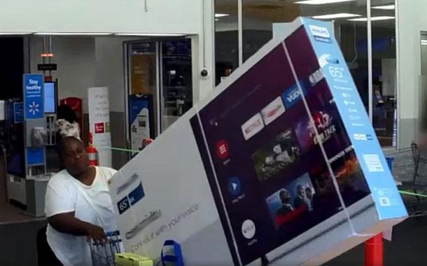 Dos mujeres se roban una enorme televisón de un local de Estados Unidos