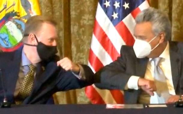 Ecuador recibió 50 de 250 respiradores mecánicos como donación de EEUU