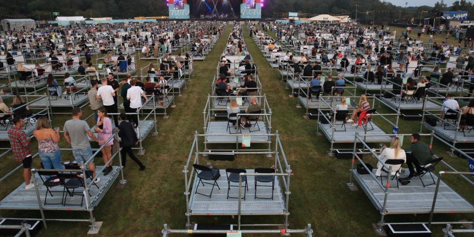 Así fue un concierto con distanciamiento social en Reino Unido