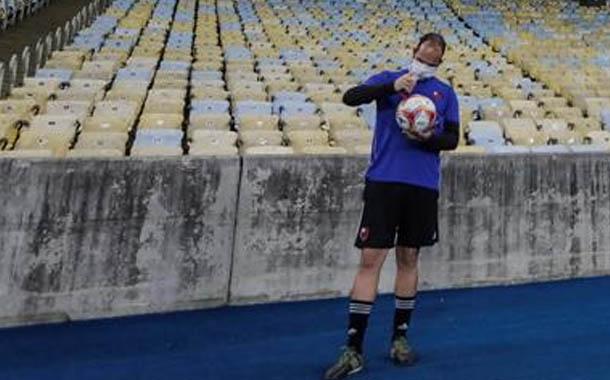 Más de 150 futbolistas dieron positivo por Covid-19 en Brasil