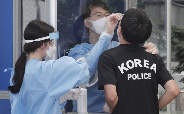 Corea del Sur vincula 623 casos de COVID-19 a una iglesia