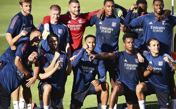 Bayern Múnich y Lyon buscan la final de la Champions League