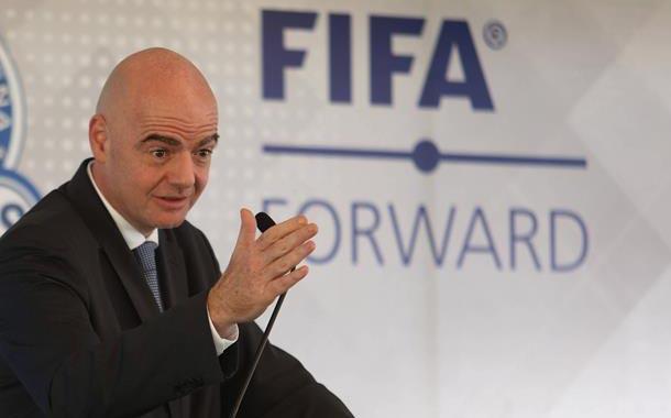 FIFA afirma que no oculta nada y cooperará con investigación