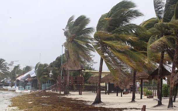 El Caribe en alerta por la tormenta tropical Laura