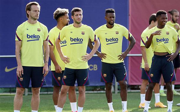 Manchester United quiere llevarse a cuatro jugadores del Barcelona