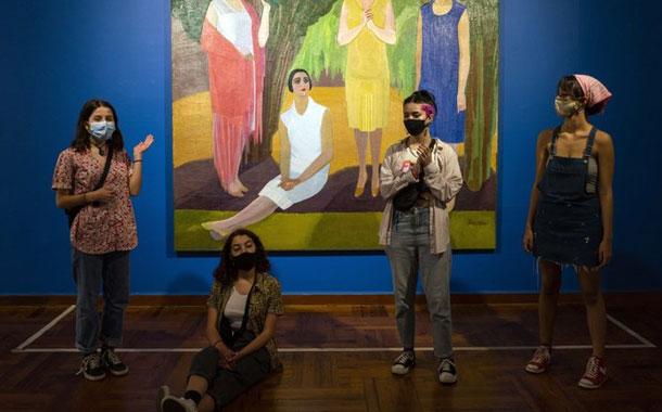 Uruguay reabre museos y salas de espectáculos tras COVID