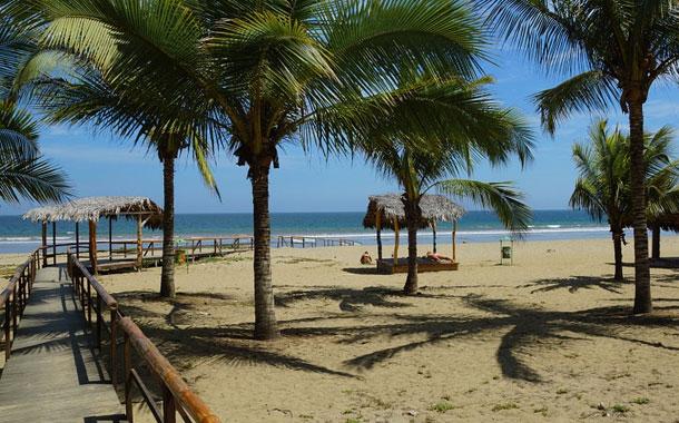 Dos elementos claves para la reapertura de playas en Ecuador