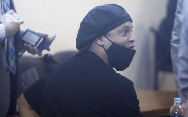 Ronaldinho queda en libertad tras 5 meses preso en Paraguay