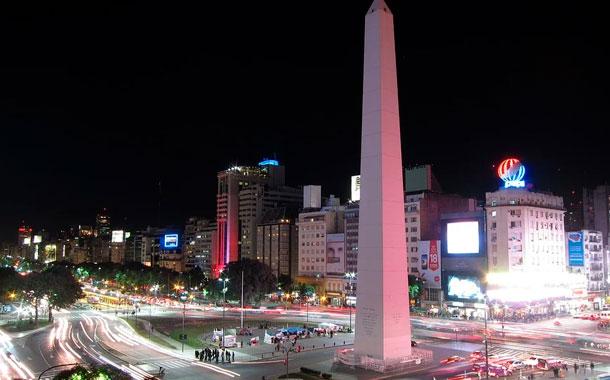 Tras siete meses Argentina logra acuerdo con acreedores