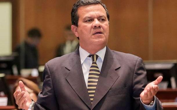 Asamblea definirá en los próximos días la destitución de Azuero