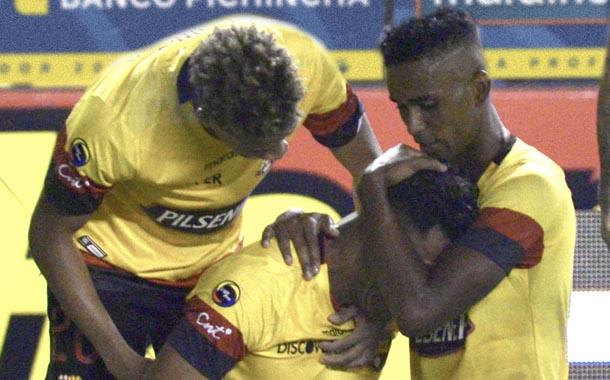 Barcelona derrotó a Emelec en el Clásico del Astillero