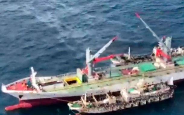 Embarcaciones extranjeras estarían realizando trasbordo de pesca