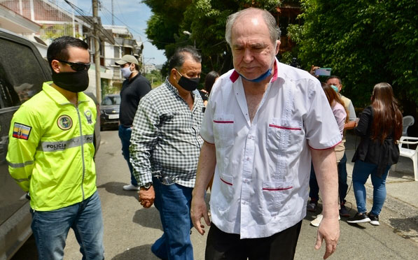 La defensa de Abdalá Bucaram  interpuso una acción de habeas corpus