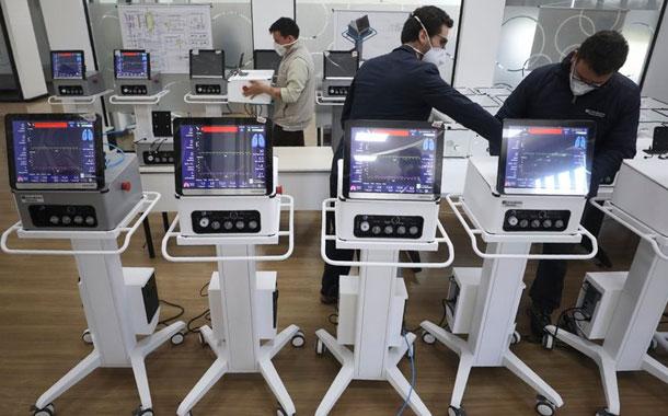 Colombia fabrica respiradores para enfermos de COVID-19
