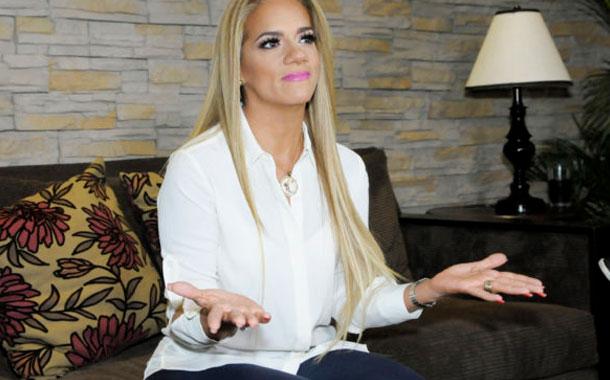 Este jueves vence el plazo para que Gabriela Pazmiño regrese a Ecuador