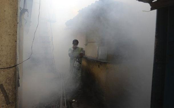 India supera los 2,3 millones de contagios de coronavirus