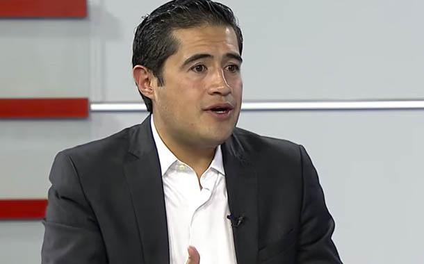 Richard Martínez explica sobre renegociación de la deuda ecuatoriana
