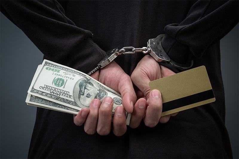 Detenido por robar pertenencias en una cita y exigir sexo para devolverlas