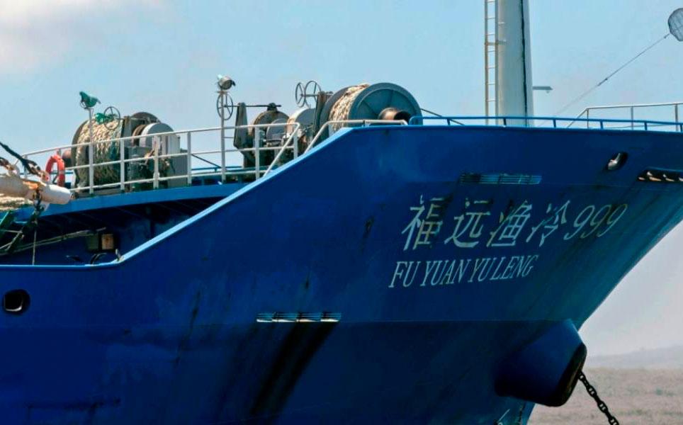 Barcos pesqueros chinos cesarán operaciones tres meses