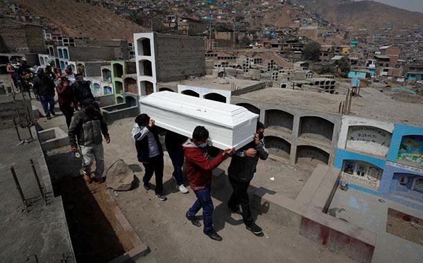 Perú pasa a ser el país con la mayor mortalidad del mundo por el COVID-19