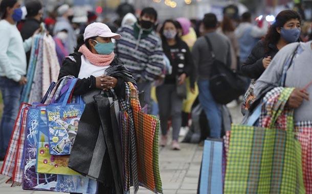 Perú eleva las cifras del trabajo informal por el coronavirus