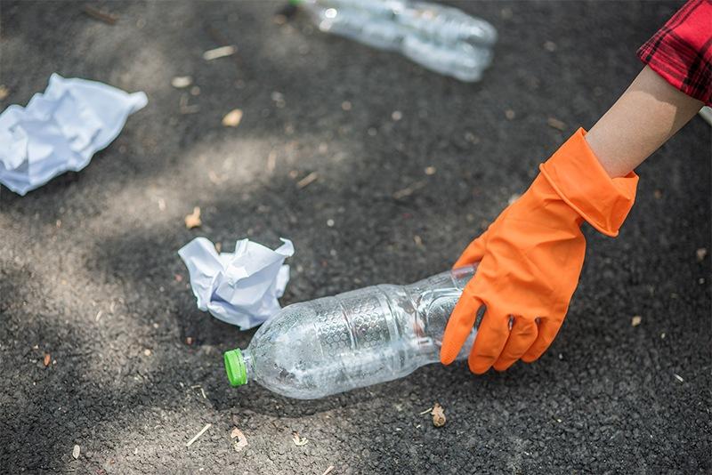 Científicos desarrollan el plástico 'infinitamente reciclable'