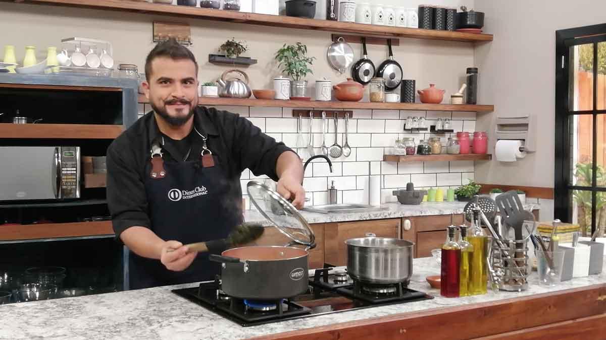 La Cocina del Chef: Panne cook de cerdo, ensalada de achogcha y leche saborizada