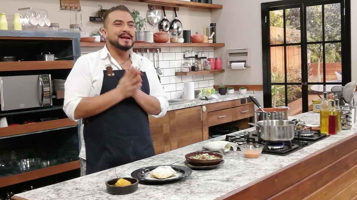 La Cocina del Chef: Caldo de patas, quesadillas, dulce de tomate de árbol.