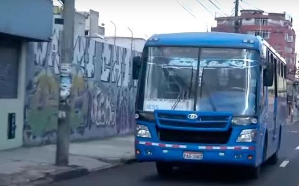 Transporte urbano de Quito mantendrá aforo máximo de 50%