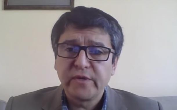 Enrique Terán hace advertencias sobre la vacuna rusa del Covid-19