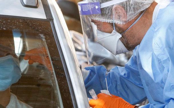 Más pacientes en cuidados intensivos debido al virus
