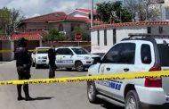 Un policía herido deja una balacera en Cuenca