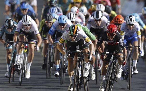 Caleb Ewan se lleva la etapa 11 del Tour de Francia