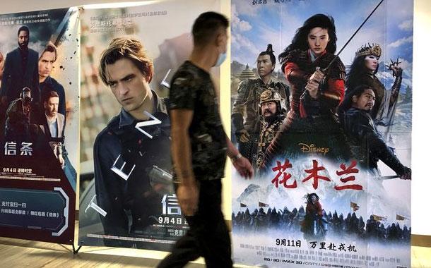 """Cinéfilos chinos encuentran la nueva """"Mulán"""" poco auténtica"""