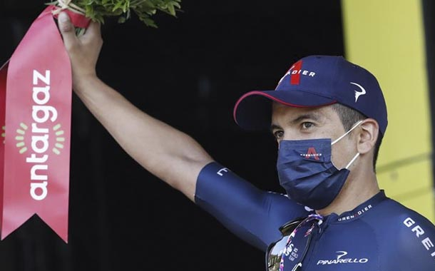 Richard Carapaz hace historia en el Tour de Francia