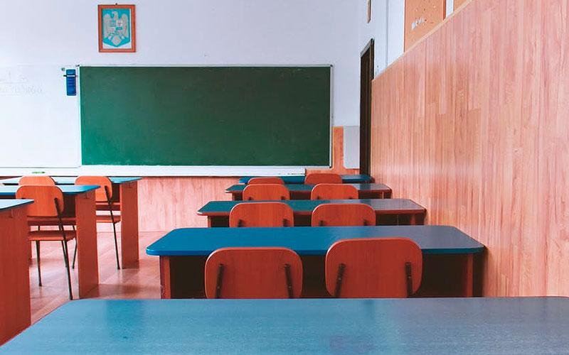 Nueva York pospone el regreso a las clases para finales de mes