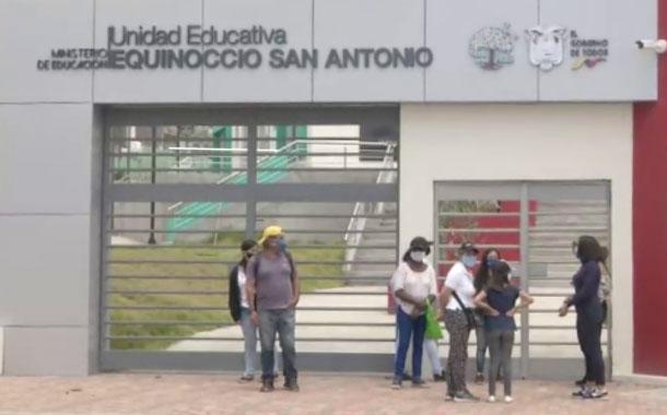 Estudiantes de Unidad Educativa Equinoccio San Antonio no han iniciado clases