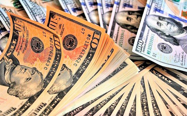 Dos compañías privadas han dejado de pagar a sus inversionistas