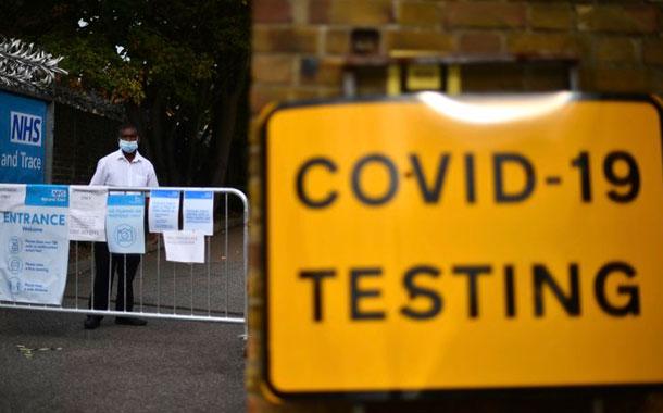 Gran Bretaña racionará pruebas diagnósticas de coronavirus