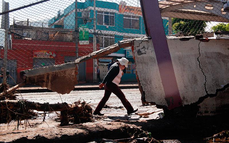 Continúan los trabajos para retirar el lodo y los escombros en Pomasqui