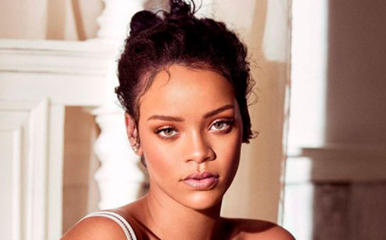 Rihanna sufre accidente y termina con heridas en el rostro
