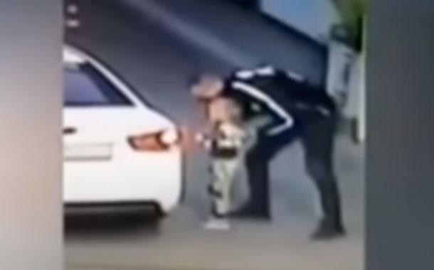 VIDEO: niña es secuestrada en gasolinera, sus padres ni se dieron cuenta